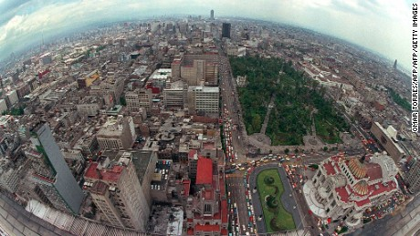 Undated aerial photograph of Mexico City.   Fotografia no fechada de una vista de general de la ciudad de Mexico AFP PHOTO/Omar TORRES        (Photo credit should read OMAR TORRES/AFP/Getty Images)