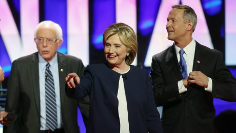 LAS VEGAS, NV - OCTOBER 13:  (L-R) Democratic presidential candidates Sen. Bernie Sanders (I-VT) Hillary Clinton and Martin O'Malley walk on the stage at the end of a presidential debate sponsored by CNN and Facebook at Wynn Las Vegas on October 13, 2015 in Las Vegas, Nevada. Five Democratic presidential candidates are participating in the party's first presidential debate.  (Photo by Joe Raedle/Getty Images)