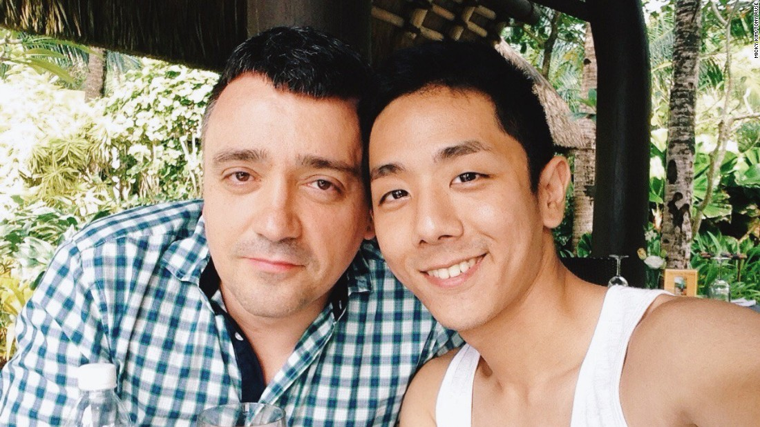 In South Korea, many in the LGBT community don't feel comfortable coming out to their family, friends and colleagues. Micky's family still thinks he has a girlfriend.