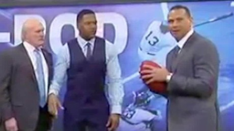 Alex Rodriguez breaks screen Daily Hit NewDay_00002807.jpg