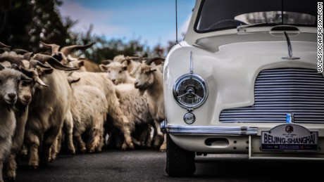 Classic and vintage cars make 1,200km journey across China