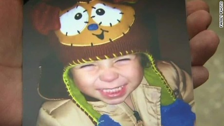 chicago toddler shot killed by brother flores dnt ac _00021816.jpg