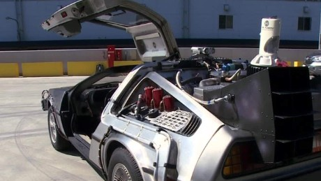 Real-world DeLorean fueled by recycled clothes