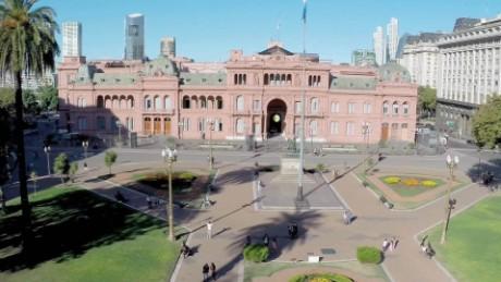 cnnee pkg laje chalenge new president argentina _00000418