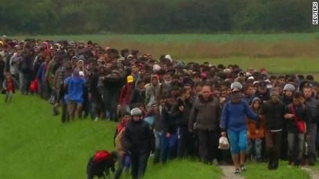 slovenia migrant refugees shubert pkg_00000117