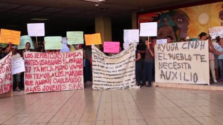 cnnee pkg alis protest chapo recapture _00000000