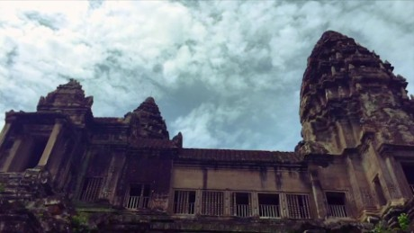 60 second vacations cambodia angkor wat bayon thom travel orig_00005313