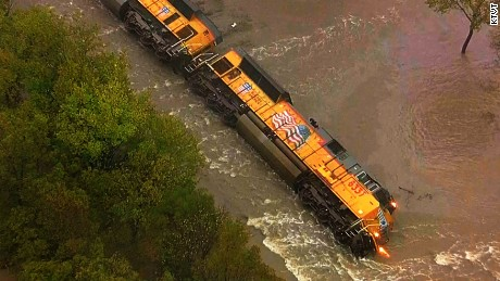 train derailment Texas flood newday_00000000