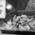 06 addicting foods - chips - RESTRICTED