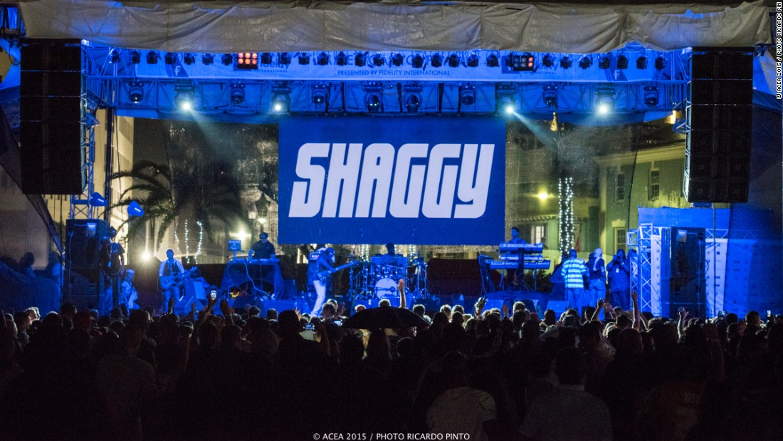 Internationally-renowned reggae fusion artist Shaggy performed at the America's Cup Jam, a concert held to celebrate the event.