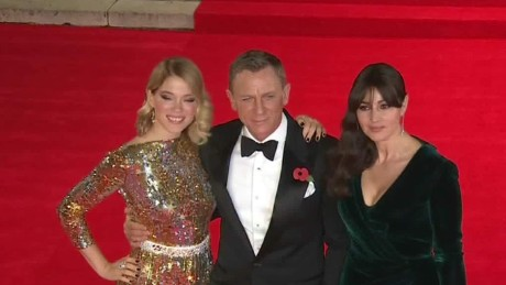new bond movie spectre makes world premiere foster lklv_00000628