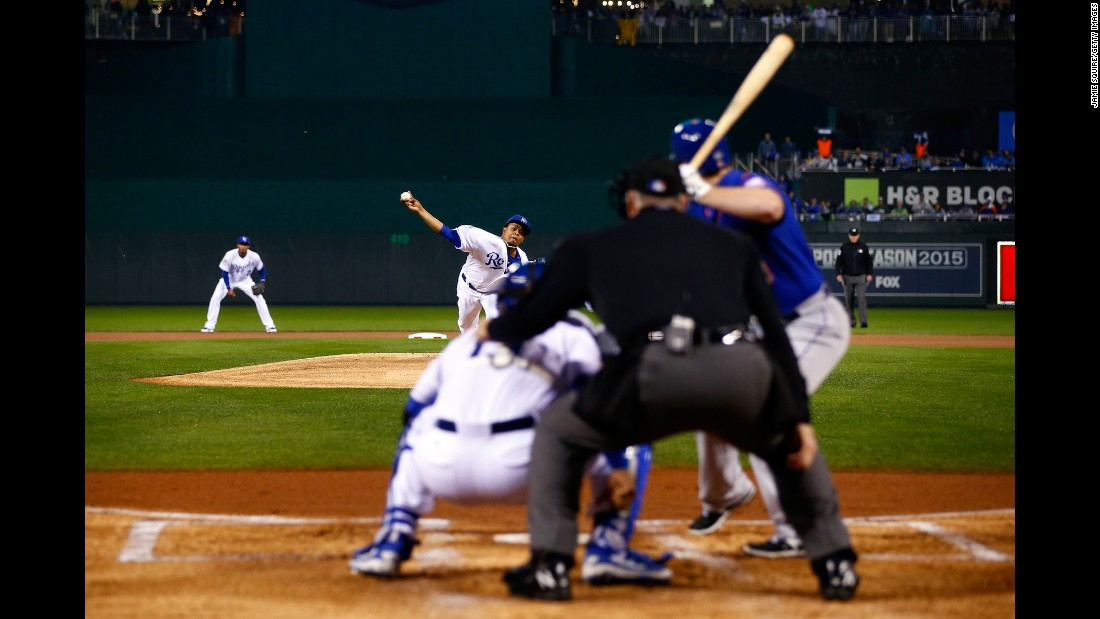Kansas City's Edinson Volquez throws a pitch.