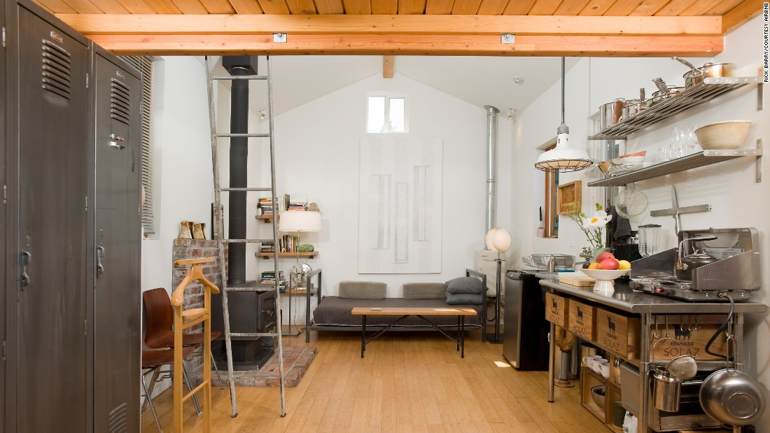 "This 285-square-foot cottage is 6½ miles from the heart of Seattle. In addition to a freestanding wood fireplace, this property boasts a large bathroom with a skylight and soaking tub. <a href=""https://www.airbnb.com/rooms/435900"" target=""_blank"">It rents for $100 per night</a>."