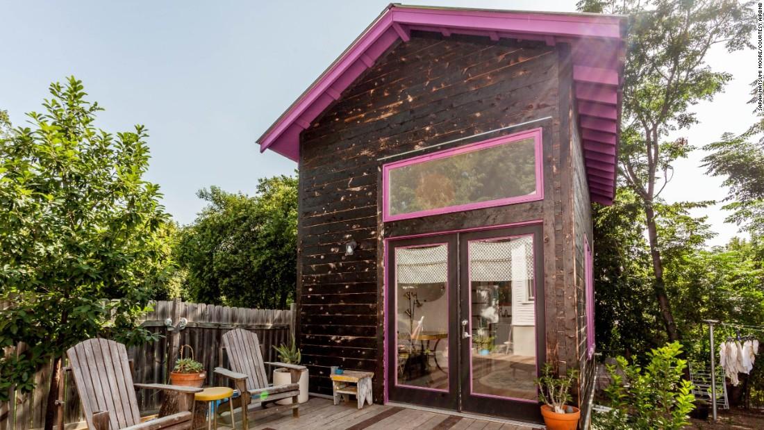tiny house vacation rentals. Black Bedroom Furniture Sets. Home Design Ideas