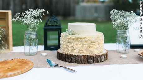 A wedding cake was recreated from their wedding day.