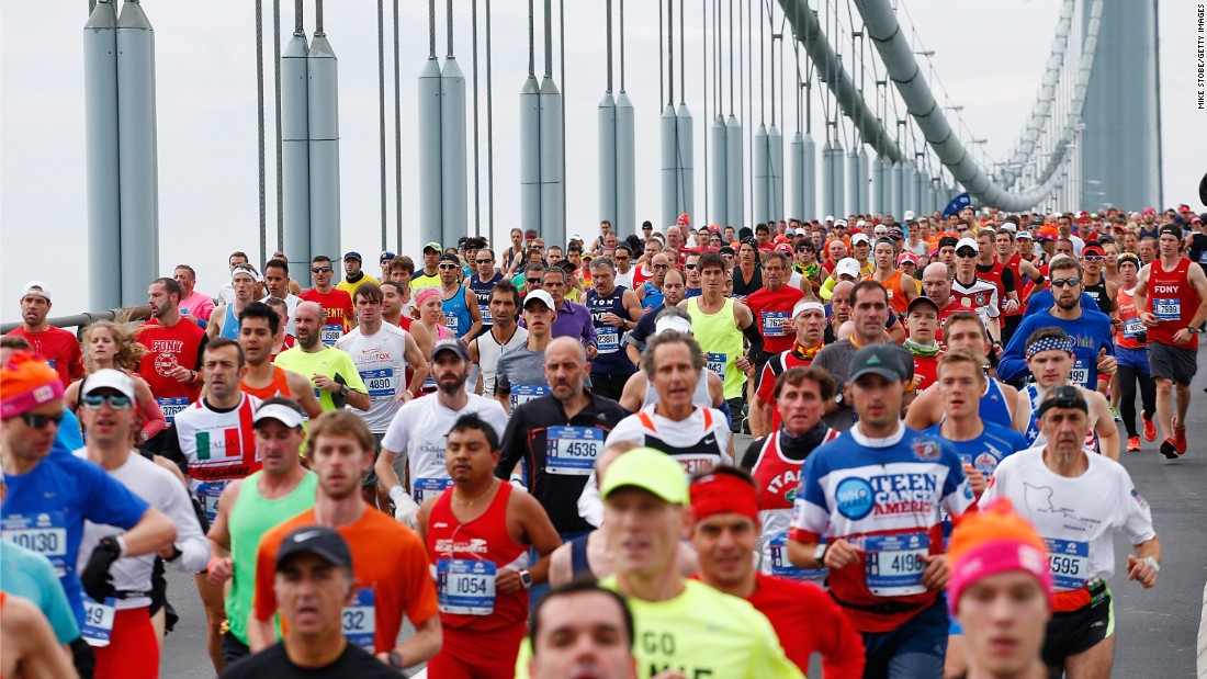 Runners cross the Verrazano-Narrows Bridge.
