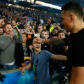 sonny bill williams fan crowd