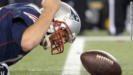 Appeals court reinstates Tom Brady's suspension