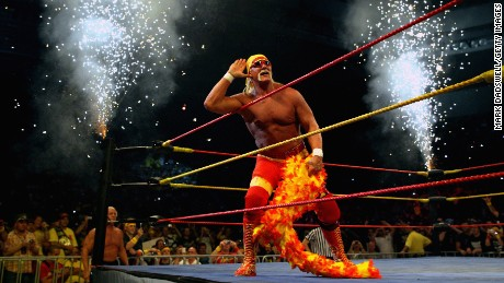 MELBOURNE, AUSTRALIA - NOVEMBER 21:  Hulk Hogan works the crowd during Hulk Hogan's Hulkamania Tour at Rod Laver Arena on November 21, 2009 in Melbourne, Australia.  (Photo by Mark Dadswell/Getty Images) *** Local Caption *** Hulk Hogan