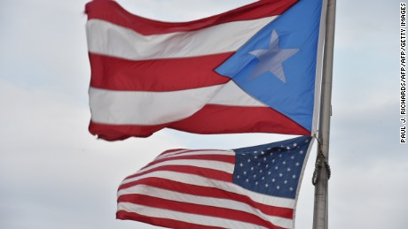 Puerto Ricans leaving island for U.S. in record numbers