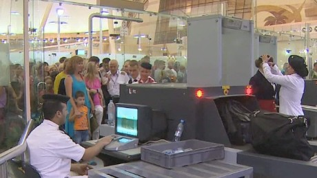 sharm el sheikh airport security under scrutiny mclaughlin pkg qmb_00031324.jpg