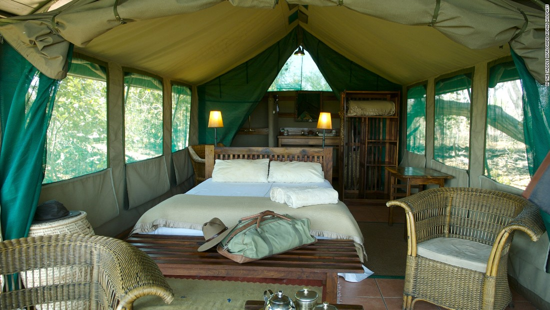 After a long day in the saddle, guests sleep in luxurious tented bedrooms which include bathroom and shower facilities.