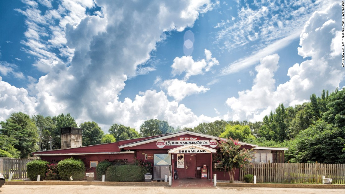 Tuscaloosa, Alabama's original Dreamland Bar-B-Que                                                                                                                                                                                                                                                                                                                                                                                                                                                                                                                                                                                                                                                                                                                                                                     restaurant is a member of the state's Barbecue Hall of Fame. Not a bad base layer for Crimson Tide fans heading to Auburn for the Alabama-Auburn game.