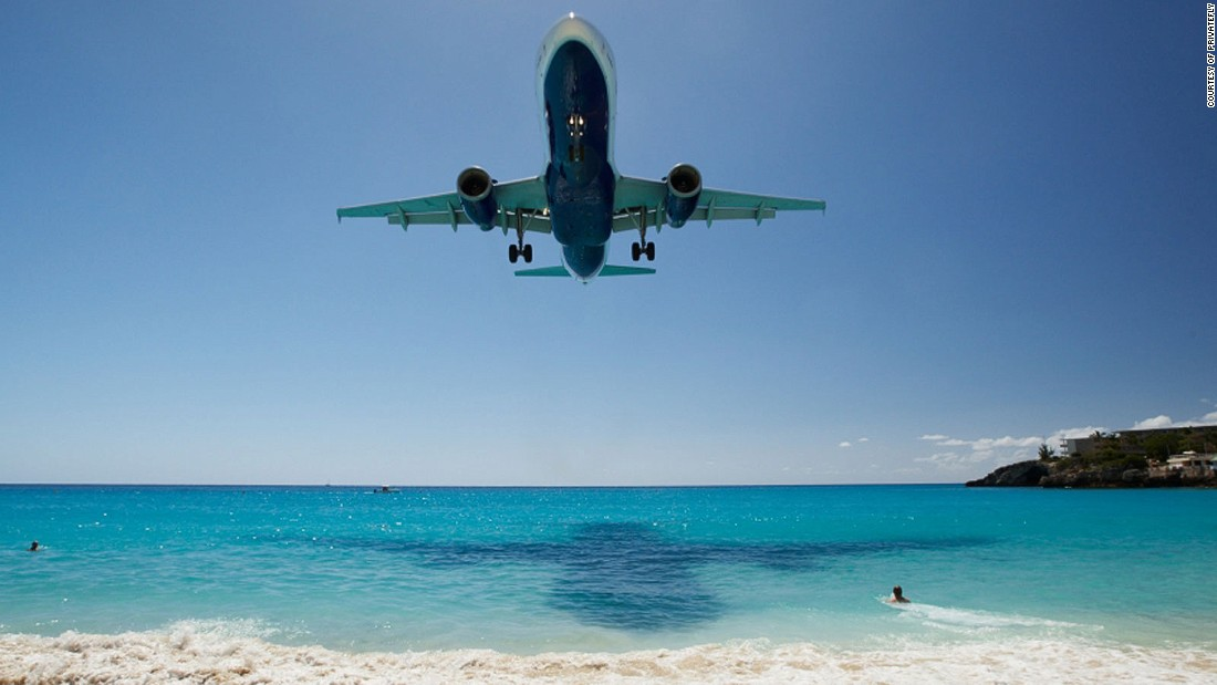 "<strong>7. St. Maarten Airport (Saint Martin): </strong>At this Caribbean island airport, the approach is ""so low you can almost read the sunbathers' newspapers,"" says PrivateFly CEO Adam Twidell."