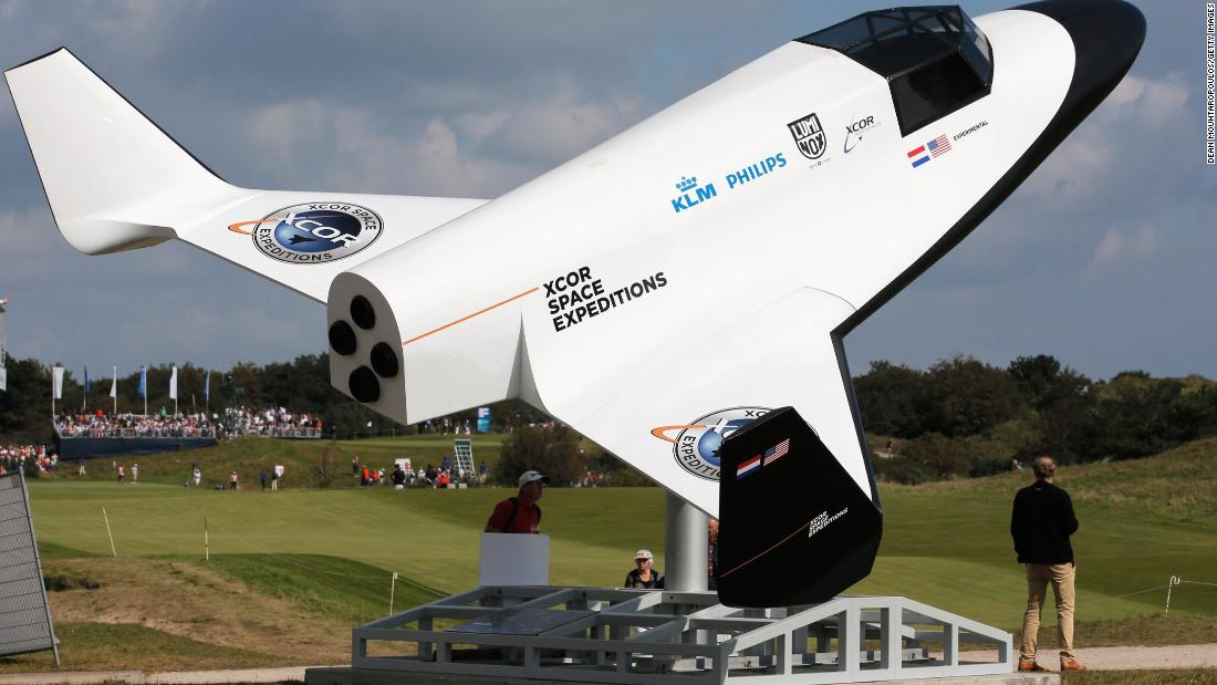 <strong>Xcor  </strong><br />Headquartered in the Mojave Desert alongside Richard Branson's Virgin Galactic, Xcor has lacked the financial resources of its better-known competitor, but may yet win the race to send tourists sub-orbital. The company has received over 200 advanced bookings at around $150,000 each for a ride in its Lynx Spaceplane, powered by jet fuel and liquid oxygen, which will take off four times a day from as early as 2016.<br />