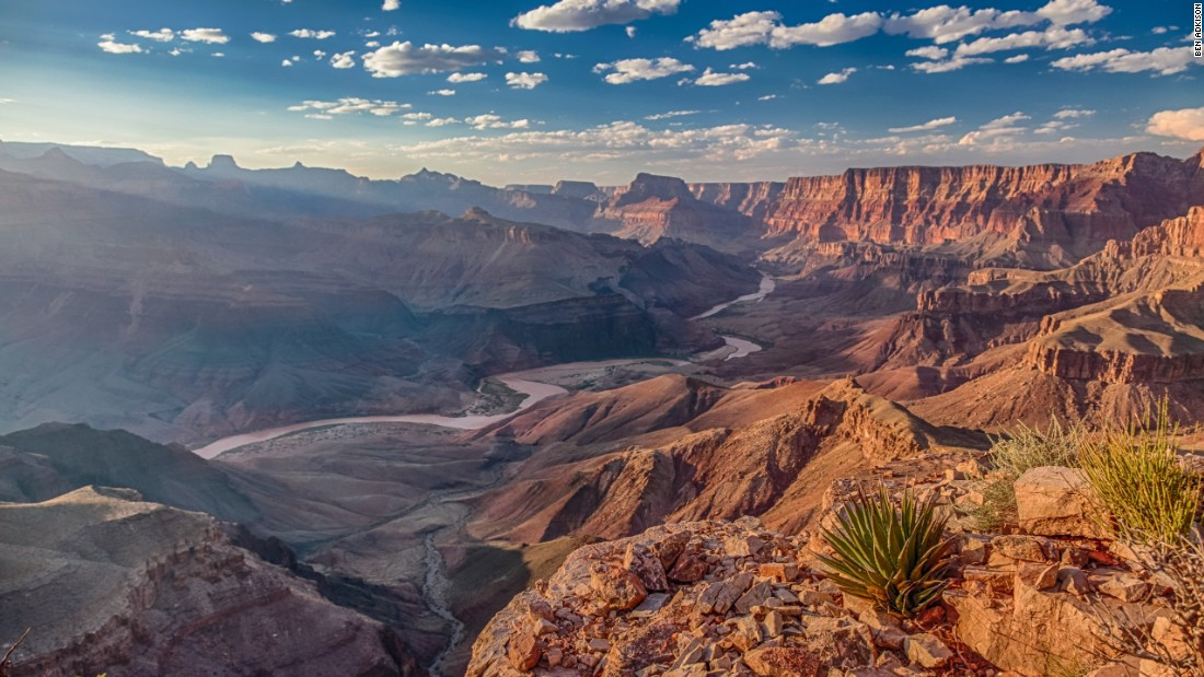 The Tanner Trail is the easternmost trail along the South Rim of the Grand Canyon. It's the only trail to offer broad views of the Colorado River as it flows south from Marble Canyon. As with many trails in the canyon, no water is available between the rim and river.