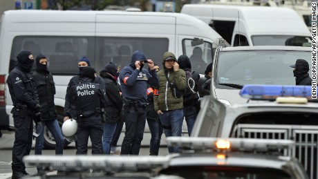 Terror alert raised to maximum in Brussels