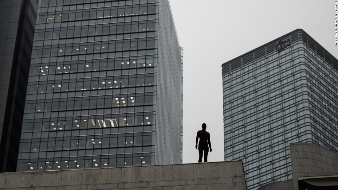 The installation was initially scheduled to appear in Hong Kong in 2014. It was canceled however, after an investment banker jumped to his death from the roof of JPMorgan.