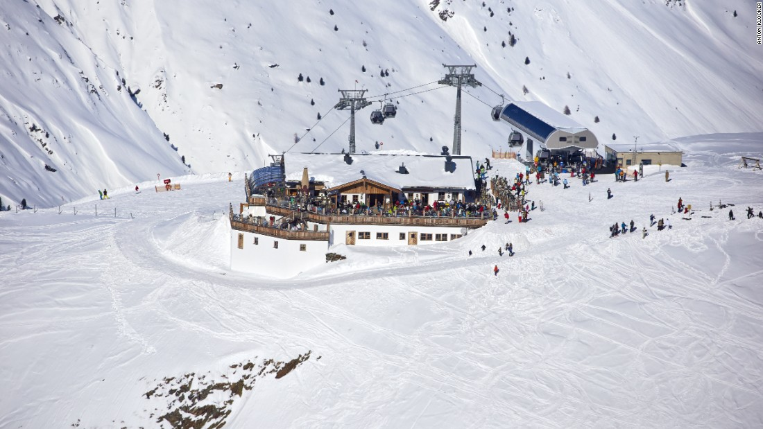 "The spectacular surroundings of the <a href=""http://www.hohemutalm.at/"" target=""_blank"">Hohe Mut Alm</a> restaurant, Obergurgl."
