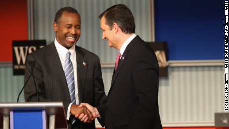 MILWAUKEE, WI - NOVEMBER 10:  Presidential candidate Ben Carson (L) shakes hands with Sen. Ted Cruz (R-TX), after the Republican Presidential Debate sponsored by Fox Business and the Wall Street Journal at the Milwaukee Theatre November 10, 2015 in Milwaukee, Wisconsin. The fourth Republican debate is held in two parts, one main debate for the top eight candidates, and another for four other candidates lower in the current polls.  (Photo by Scott Olson/Getty Images)