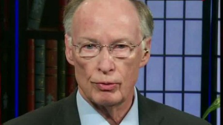 robert bentley syrian refugees alabama intvw cnn_00002424