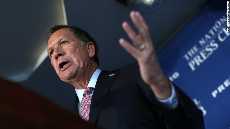Kasich video likens Trump to Nazis