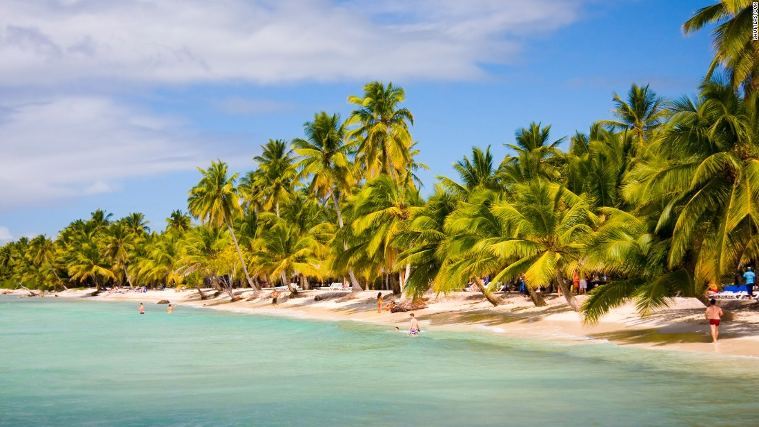 One of the DR's most popular attractions (and a day trip from Punta Cana), Saona Island is renowned for turquoise waters, pristine beaches, groves of coconut palms and one of its earliest visitors: Christopher Columbus, who supposedly named it after a friend from Savona, Italy.