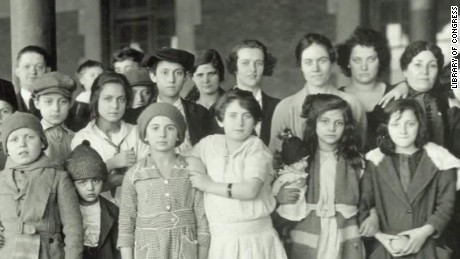 history of Immigrants carroll pkg ctn_00001723.jpg