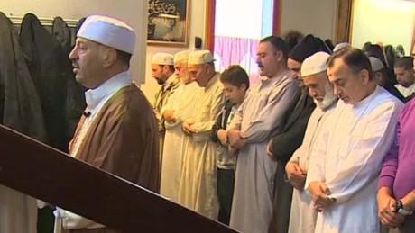 paris muslims invisible enemy bitterman pkg amanpour_00023825