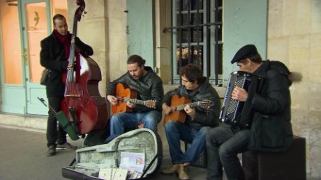 paris attacks band plays on foster dnt_00001212