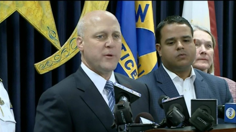 new orleans mayor mass shooting presser sot_00005408