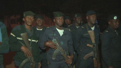 mali show of force mckenzie pkg_00003618