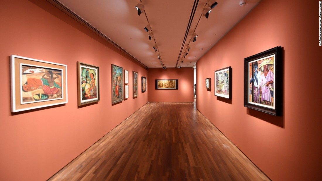 The gallery features two permanent exhibitions as well as modern art collections from Singapore and Southeast Asia from the 19th and 20th centuries.