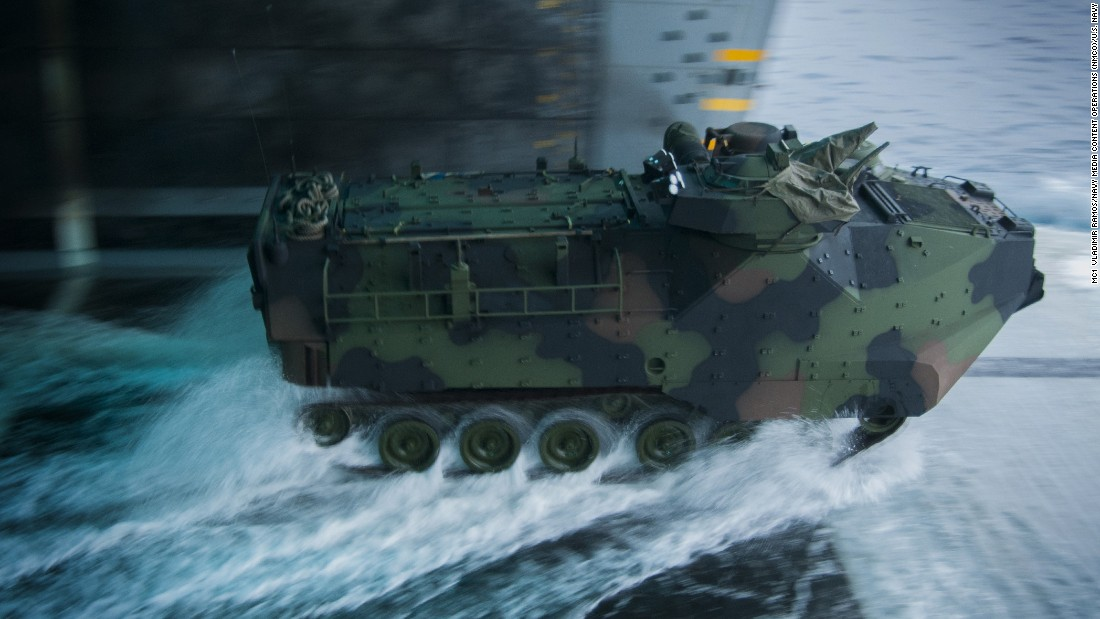 amphibious combat vehicles The marines have awarded bae systems a $198 million contract for 30  amphibious combat vehicles and will eventually replace 870 of the.