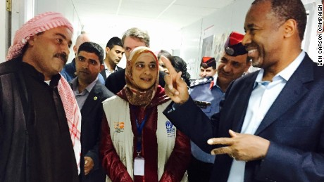 Ben Carson meets with Syrian refugees in Jordan