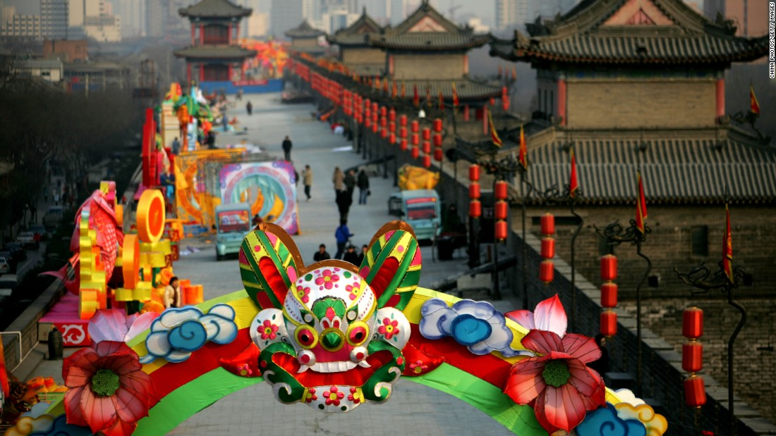 The wall is now a place for recreation and celebrations. Lanterns adorned the South Gate of the Xi'an City Wall to mark the forthcoming lunar new year.