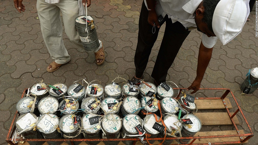 "Not only is the city's <a href=""http://www.thehindu.com/news/cities/mumbai/mumbais-dabbawalas-go-online/article7478641.ece"" target=""_blank"">iconic dabbawala (lunchbox-delivery) service</a> still going strong, it's going digital this year. It's estimated that about 200,000 home-made tiffins are delivered to Mumbai office workers by a dabbawala or lunchbox deliveryman daily."