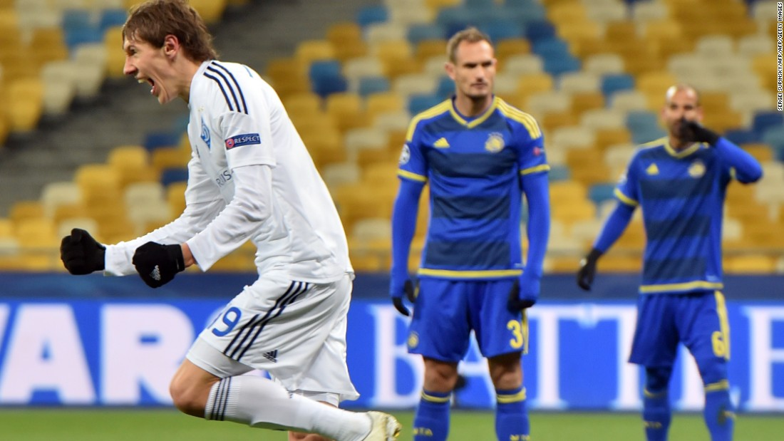 Dynamo Kiev clinched second place in Group G to finish behind Chelsea and qualify for the next stage. It overcame Maccabi Tel Aviv 1-0.