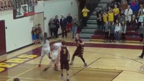 game winning basketball shot Daily Hit NewDay_00000714