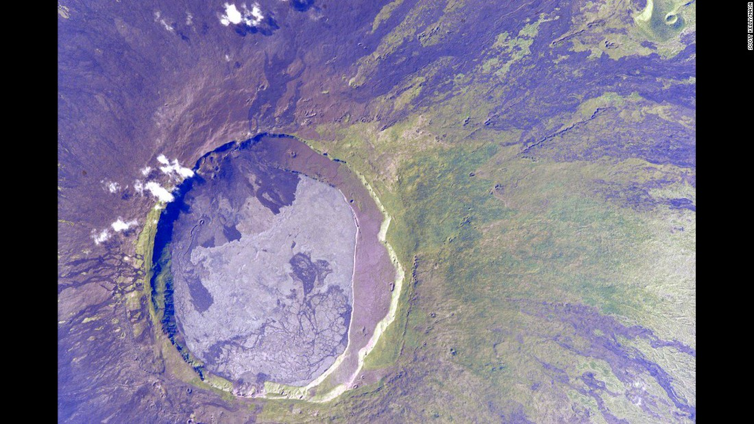 "July 24: ""#EarthArt #Galapagos, I can see inside you."""
